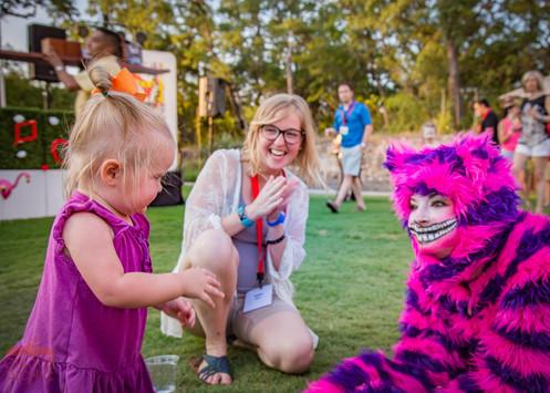 Blend with the Cheshire Cat, Fun Encounter with Wonderland Cheshire Cat, Fantasy Land Themed Party, Austin Texas, Dallas Texas, Houston Texas, San Antonio Texas
