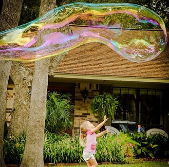 Giant Bubbles for Event Entertainment