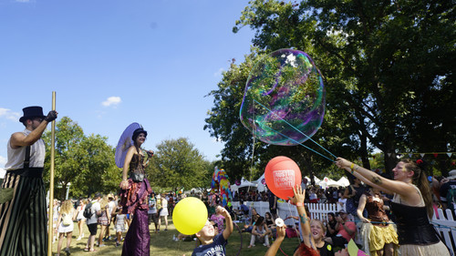 Bubble Making Show, CIRCUS PICNIC Performers, Entertainers, Steampunk Circus Crash Lands at ACL and ART Outside