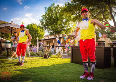 Tweedle Dee, Tweedle Dum Show, Wonderland Entertainers Performers at CIRCUS PICNIC Creative Party Idea, Texas, First Class Party Experience
