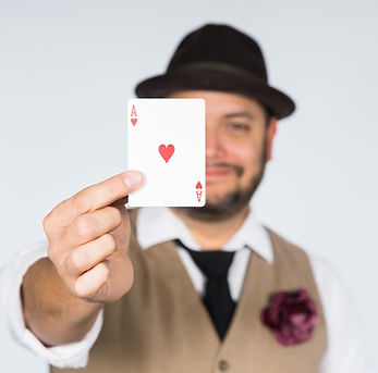 Hire Highly Professional Magicians for Event Entertainment