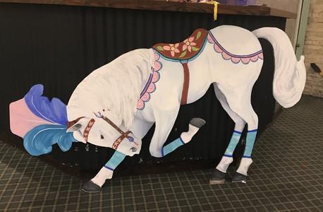 Adorable White Circus Horse,Circus Photo booth, CIRCUS PICNIC Entertainment Show, Experience Unique way of Celebration, CIRCUS PICNIC Austin Texas, Houston Texas, Dallas Texas, San Antonio Texas