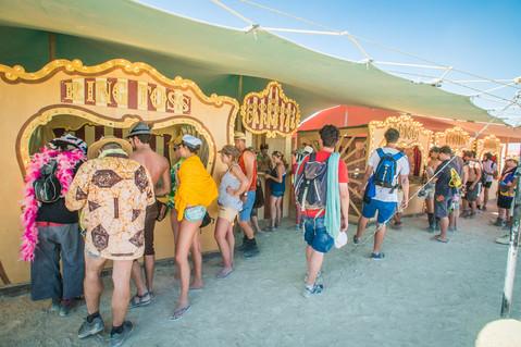 CIRCUS PICNIC Beach Carnival Experience