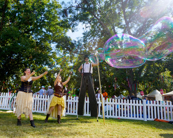 The Art of Bubble Making, Steampunk Performers Austin Texas, Stilt Walker, Bubble Makers, Entertainers, Talents Crash Landed at Art Outside and ACL.