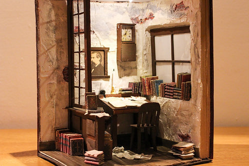 Bookend Diorama Bookshelf Art The Dickens Room
