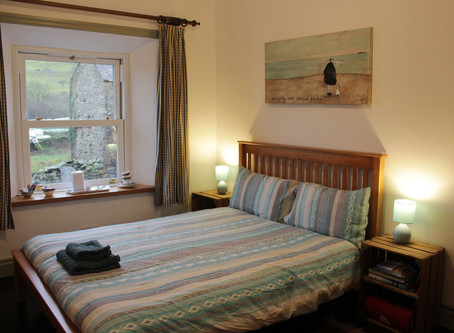 THE DOUBLE EN SUITE AT CRACKPOT COTTAGE IS OPEN FOR BUSINESS!