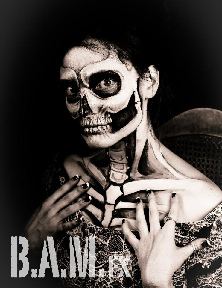 Skull-+Laura+Dark-watermark.jpg