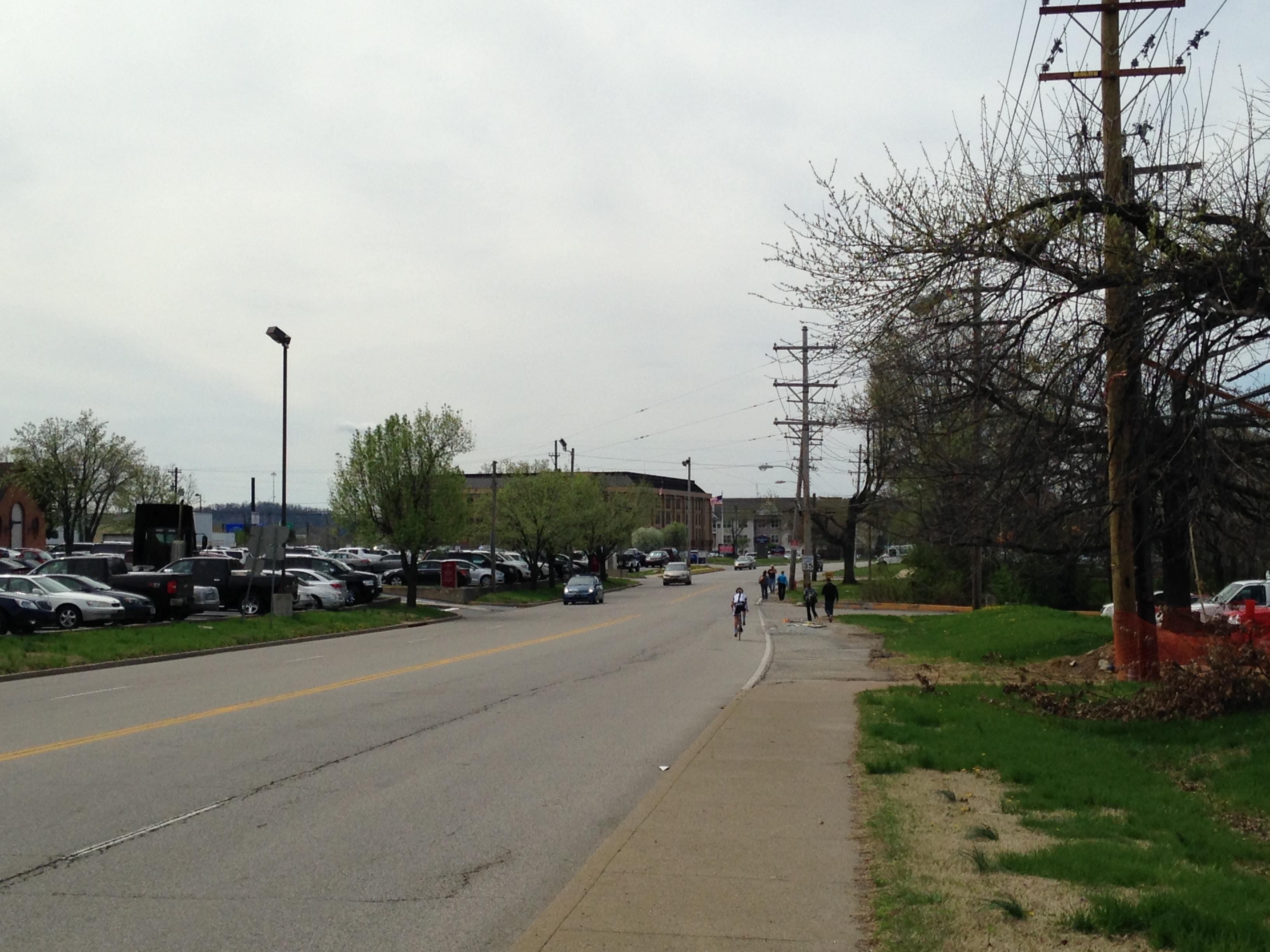 Philliips Lane lack of sidewalks