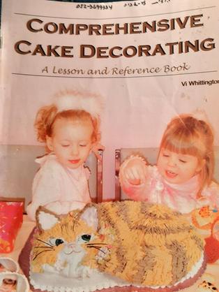 Comp. cake decorating