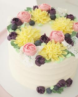 Tarta flores y encaje