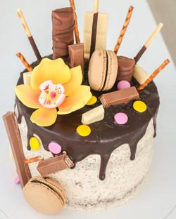 Drip cake chocolate, café y vainilla