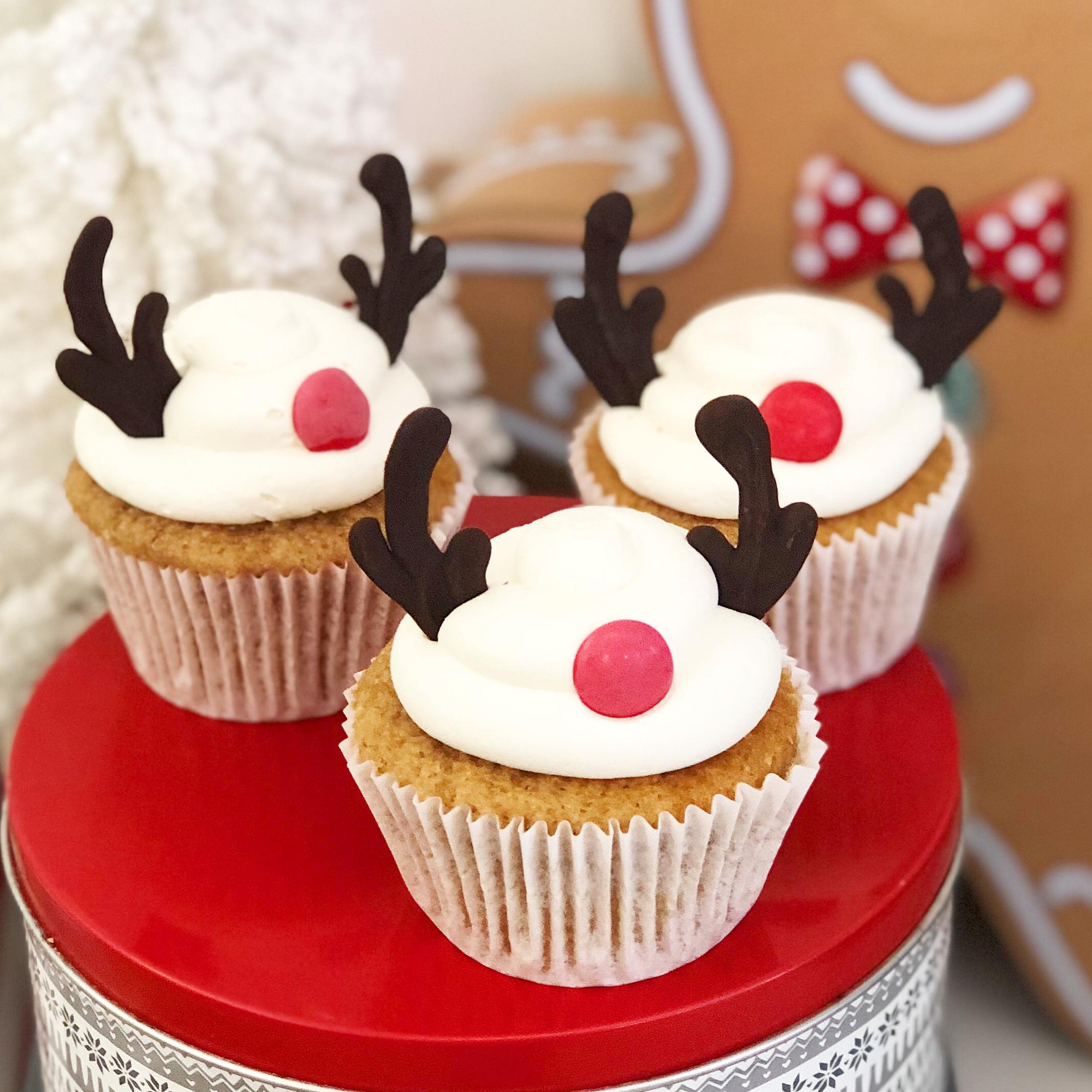 <cupcakes reno blanco
