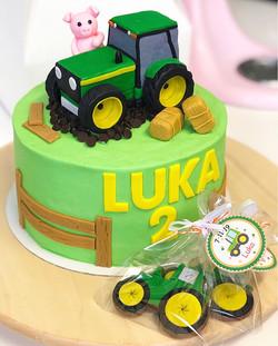 Tarta tractor modelado