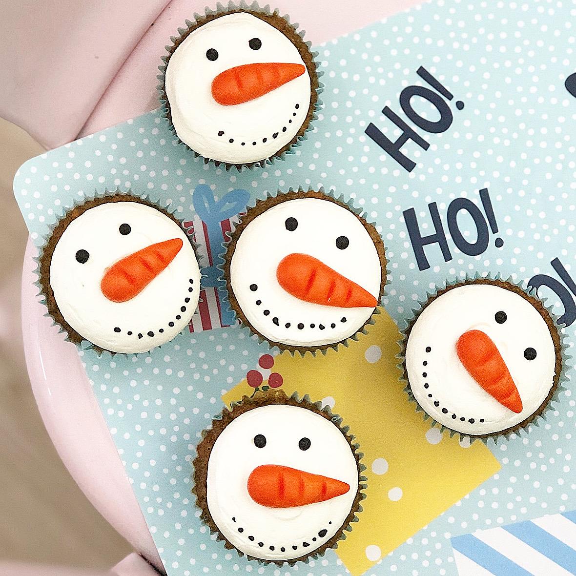 Cupcakes Snowmen carrot