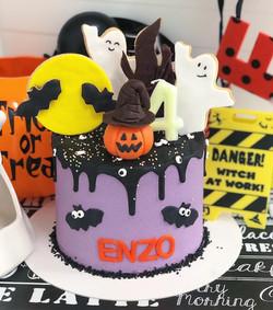 Drip Cake Halloween