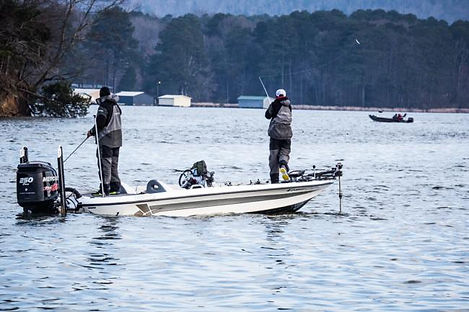 Guided Bass Fising on PickWick Lake Alabama