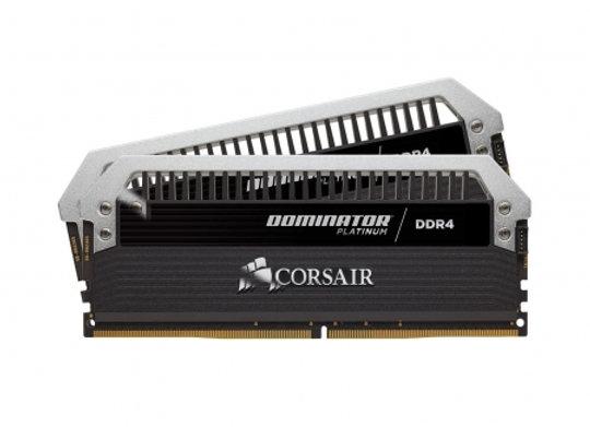 DDR4 Corsair  Dominat Platinuim 16Go 2X8Go 2400Mhz