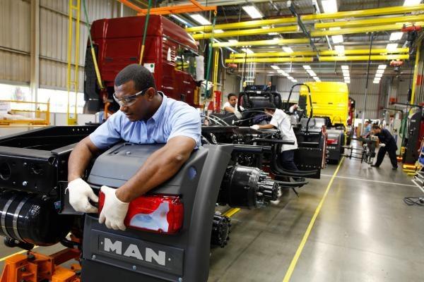 Governo reduz Imposto de Importação de equipamentos sem produção no Brasil