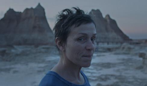 nomadland-movie-review-2020.jpg