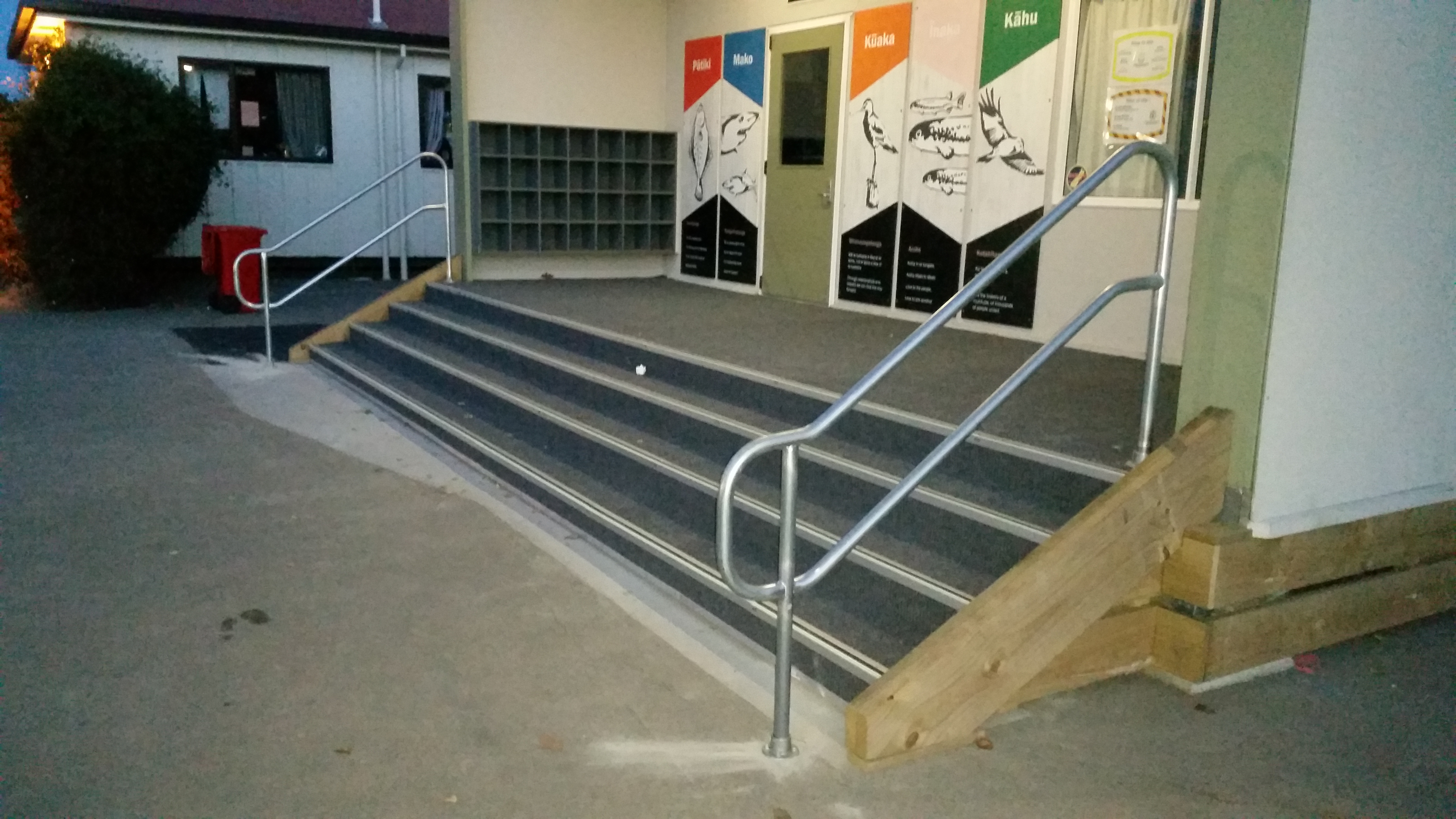 Galv step rails
