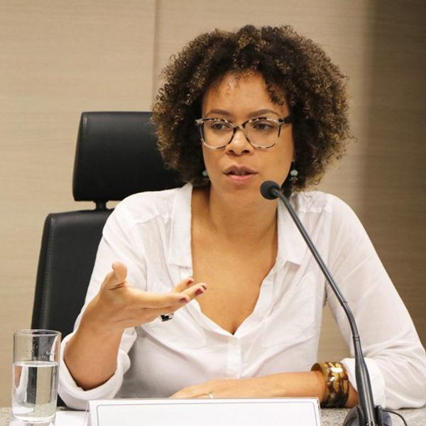 Ynaê Lopes dos Santos