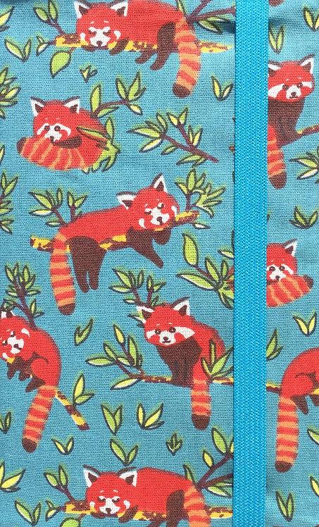 Panda roux fond bleu