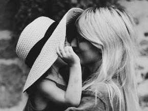 Familiesystemen-expert Els van Steijn: dit is hoe de relatie met je moeder je vermogen tot verbinden