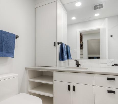 Main Bathroom After 2