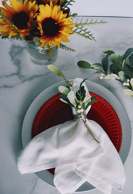 place setting with sunflowers Med.jpg