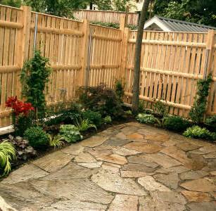 flagstone patio plantings.jpg