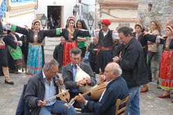 COVER-PHOTO_GREECE_KARPATHOS_traditional-festival_CkARPATHOSSARIA-REGIONAL-PARK