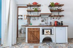 gorgona traditional kitchen art