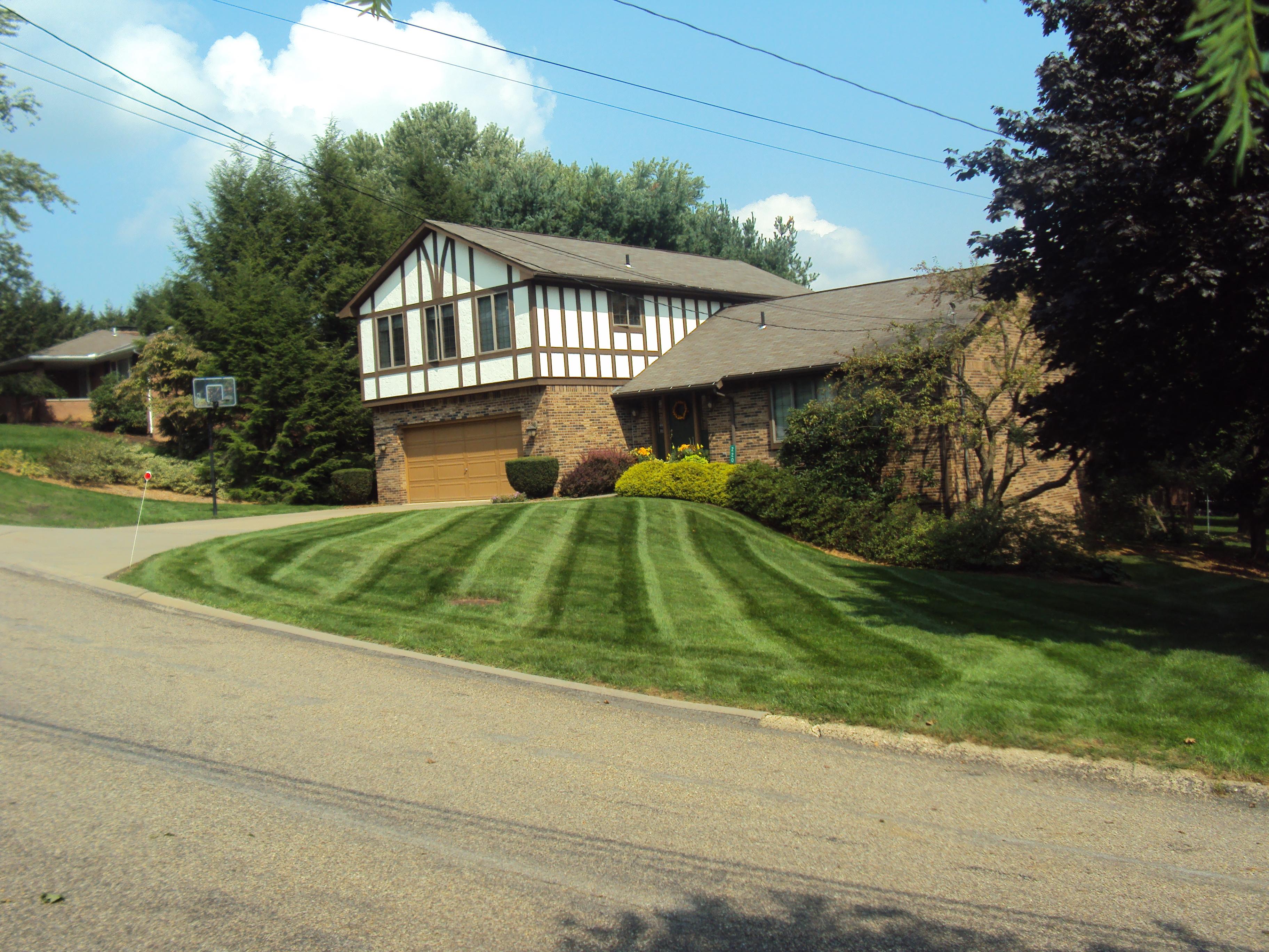 Lawn Mowing Saxonburg Butler Sarver