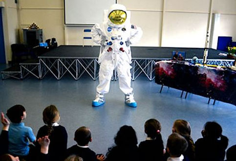 SMALL a spaceman KS1 visit.JPG