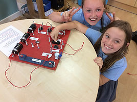 year 4 and year 6 electricity primary science workshop