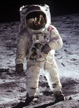 Buzz Aldrin on moon.JPG