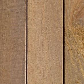 Ipe Terrassenholzdiele mit glatter Oberfläche