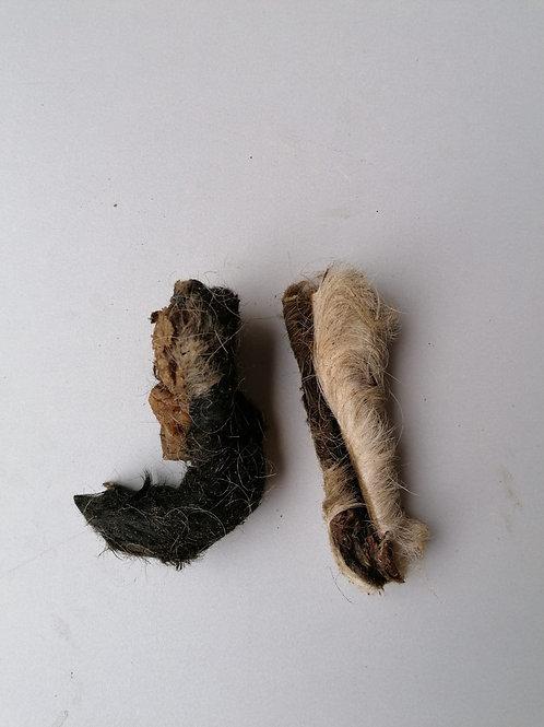 Runder kophuidstrip met vacht 100 gram
