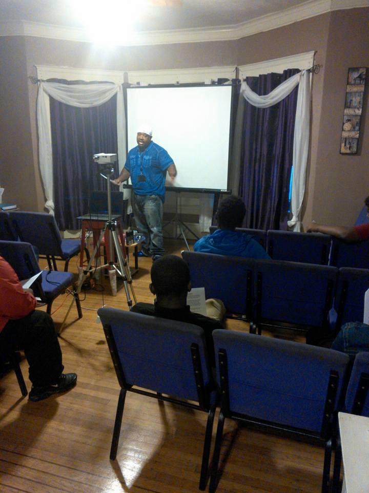 Laron teaching