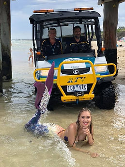 Mermaid Tarielle with Frankston Beach Patrol at Beach Cleanup Day