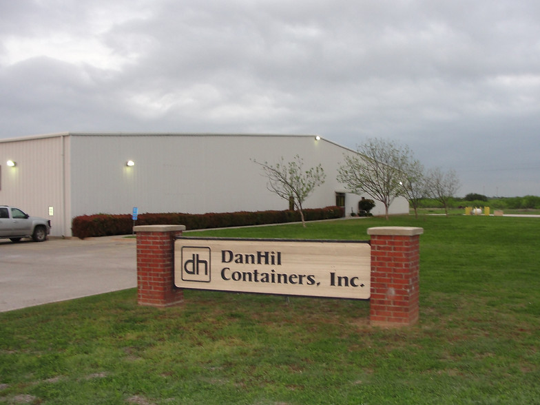DanHil Containers / Custom Corrugated Box Manufacturer