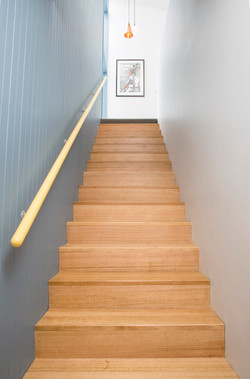 008_stair.jpg