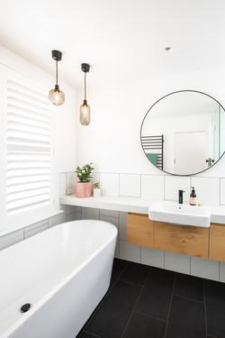 Thornbury Bathroom view