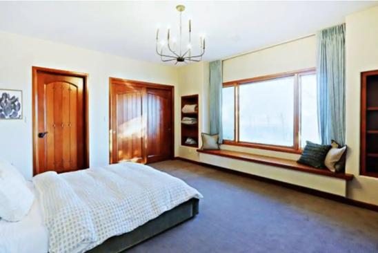 room 1.png
