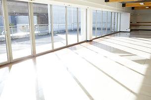 Office_corridor_sunlight_752052_JPG.jpg