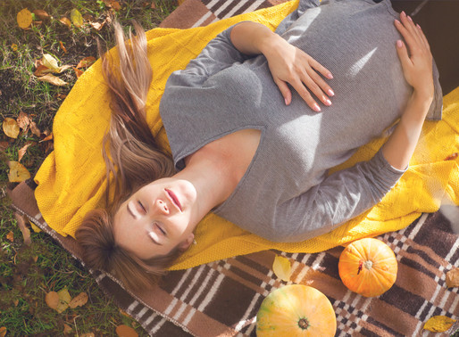 Going Through a Fall Pregnancy? Here's How to Make it Fun!