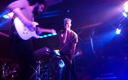 band_scream.jpg