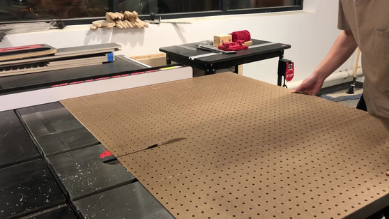 Motion Station Cutting by Cheng