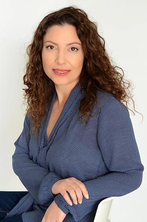 שרית דינרי מקימה ומנהלת מרכז חברותא
