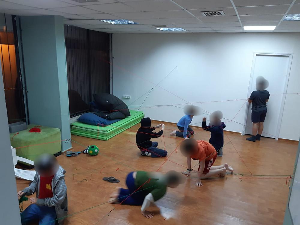 ילדים לומדים לשתף פעולה, לפתור קונפליקטים ולחוות הצלחה חברתית